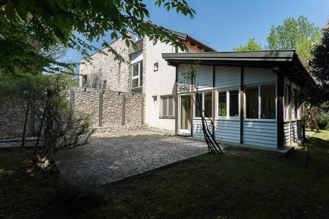 Villa in vendita a Usmate Velate, 6 locali, prezzo € 698.000 | Cambio Casa.it