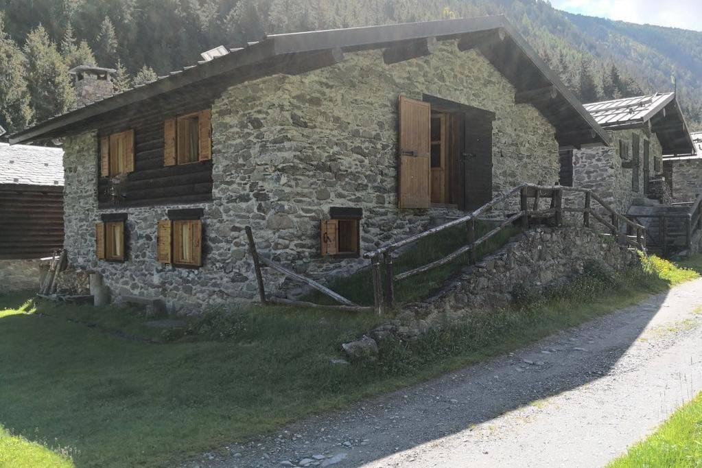 Rustico / Casale in vendita a Aprica, 4 locali, prezzo € 130.000 | PortaleAgenzieImmobiliari.it