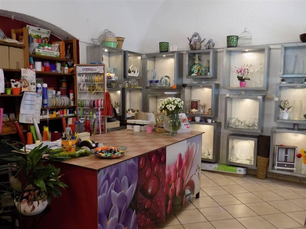 Negozio / Locale in vendita a Guanzate, 2 locali, prezzo € 30.000 | CambioCasa.it