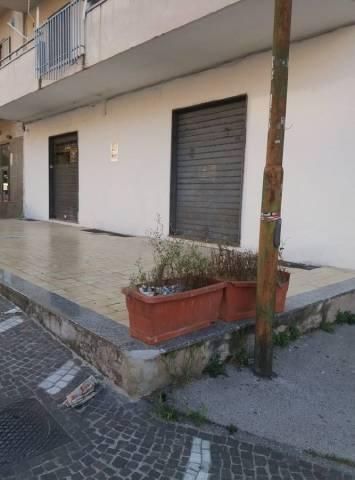 Appartamento in buone condizioni in affitto Rif. 6838784