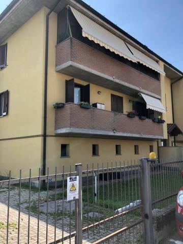 Appartamento in buone condizioni in vendita Rif. 6838813