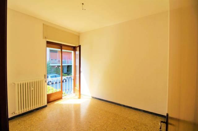 Appartamento in buone condizioni in affitto Rif. 6839016