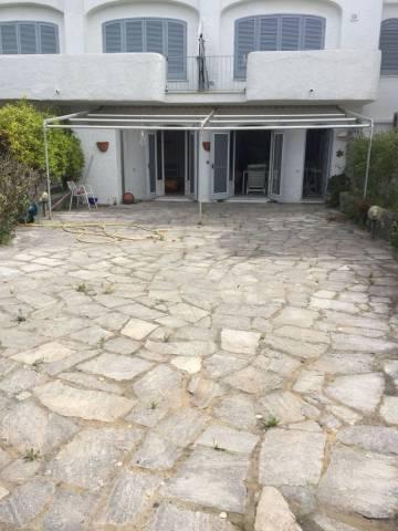 Appartamento in ottime condizioni in vendita Rif. 6126877