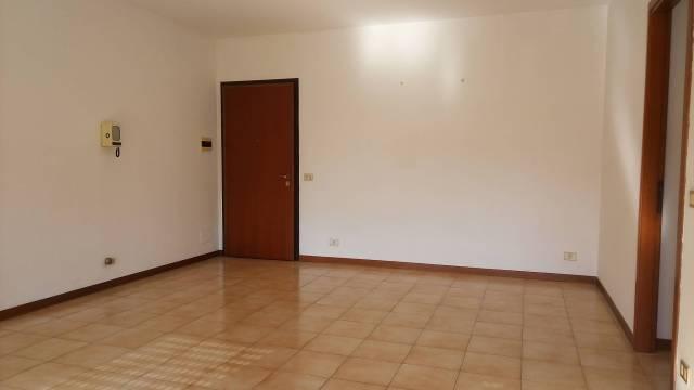 Appartamento in Vendita a Bagnolo In Piano: 4 locali, 75 mq