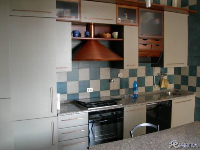 Appartamento in Affitto a Piacenza Centro:  3 locali, 110 mq  - Foto 1