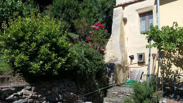 Casa Indipendente in buone condizioni arredato in vendita Rif. 6857440
