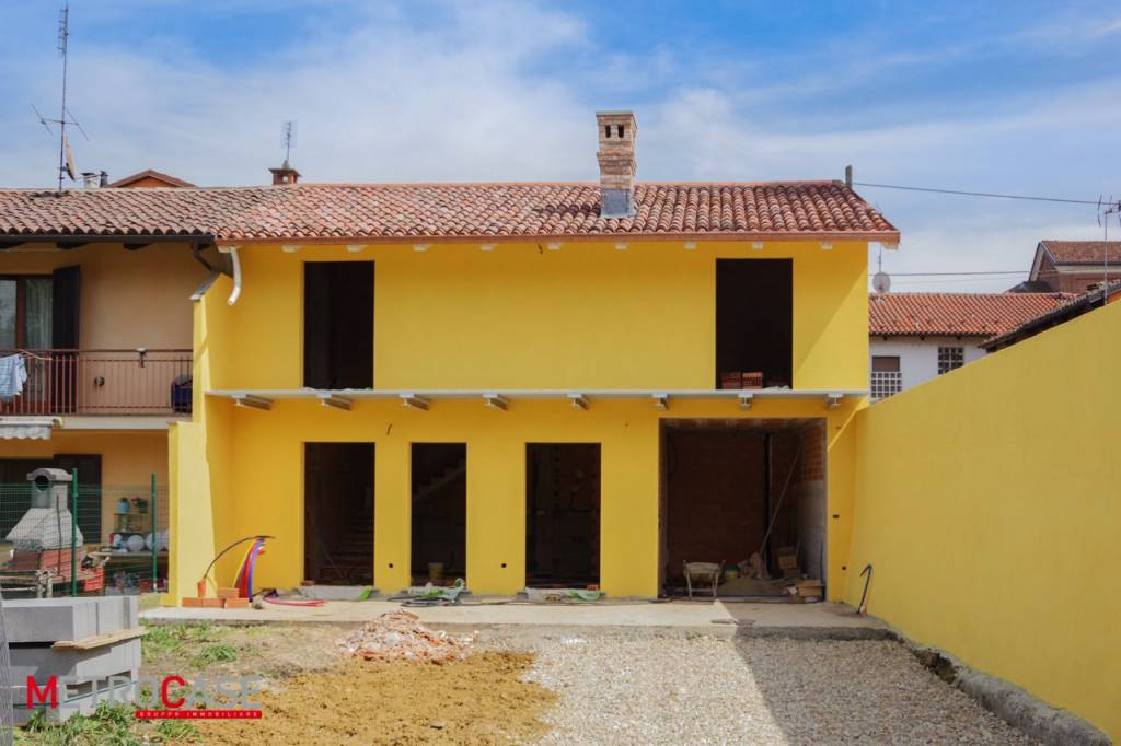 Foto 1 di Villa via Cesare Battisti, Pralormo