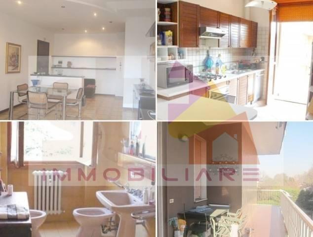 Appartamento in buone condizioni in vendita Rif. 6859024