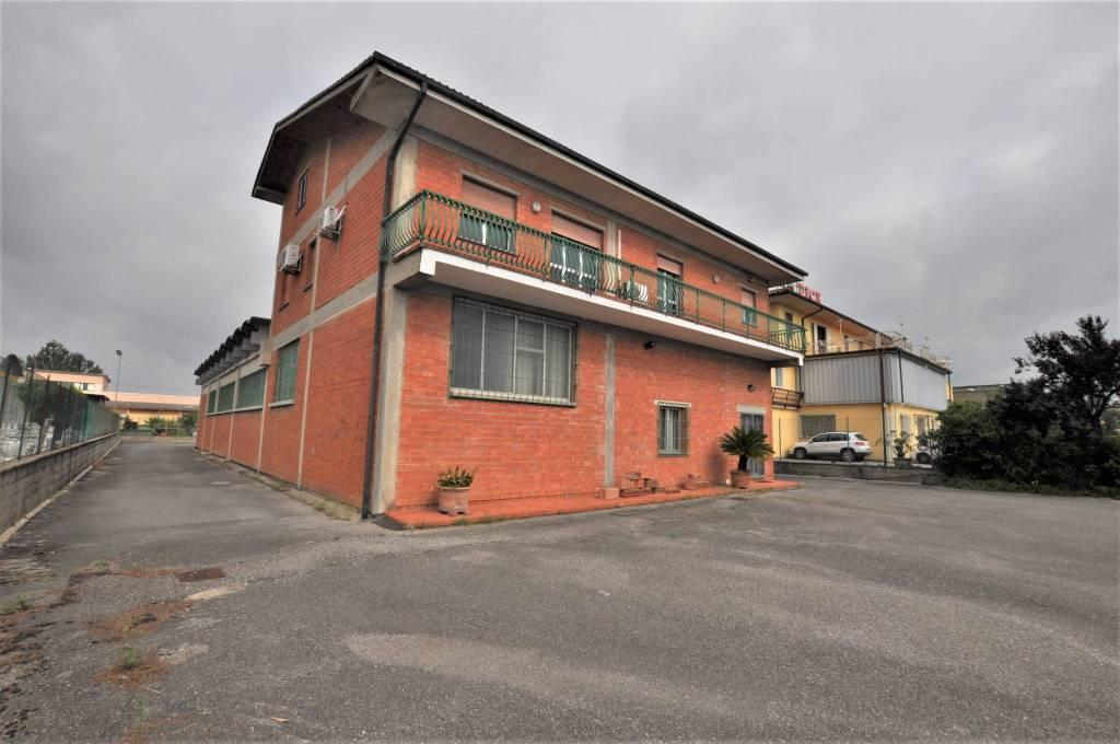 Magazzino - capannone in vendita Rif. 6855149