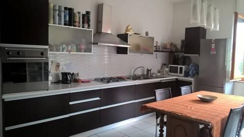Appartamento in vendita a Bra, 4 locali, prezzo € 150.000 | CambioCasa.it