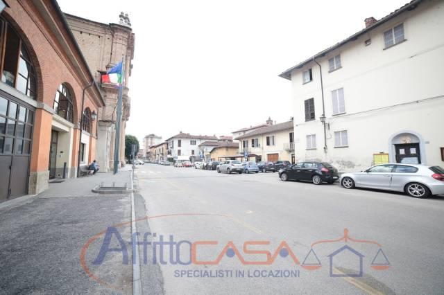 Appartamento in buone condizioni in affitto Rif. 6859772