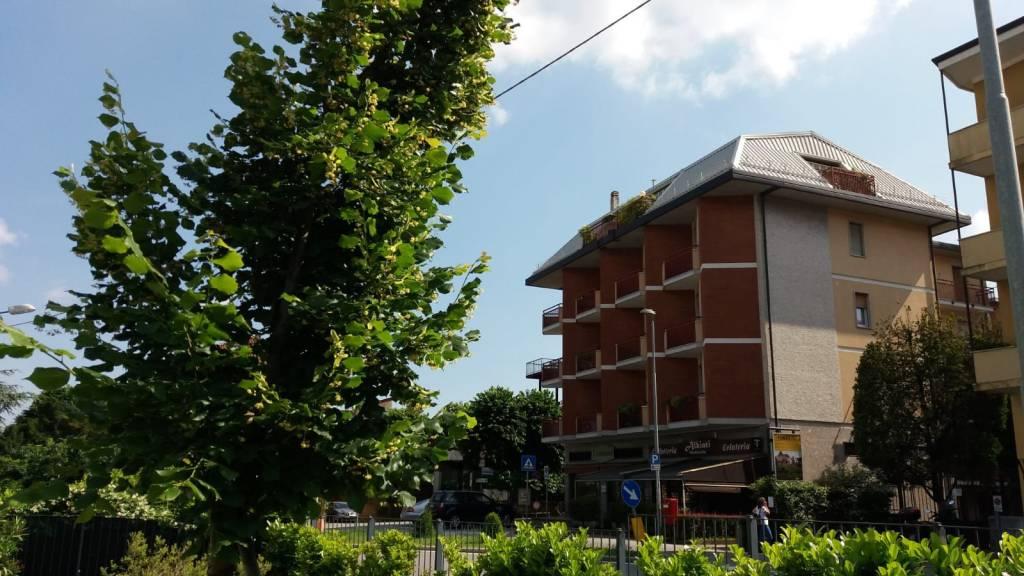 Attico trilocale in vendita a Varese (VA)