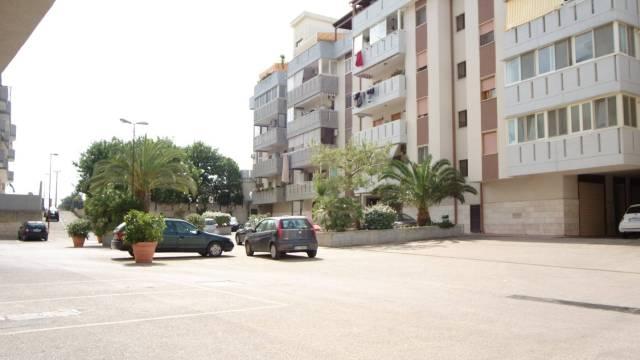 Appartamento in ottime condizioni in vendita Rif. 6854183