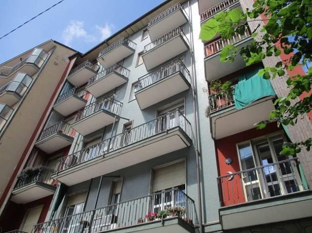 Appartamento in buone condizioni arredato in affitto Rif. 6855359