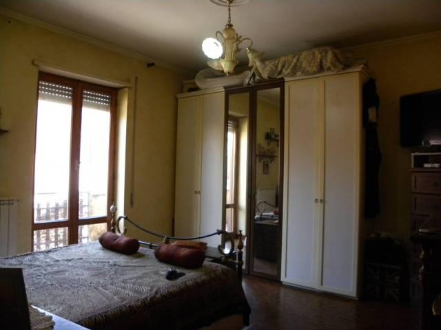 Appartamento in buone condizioni in vendita Rif. 6875344