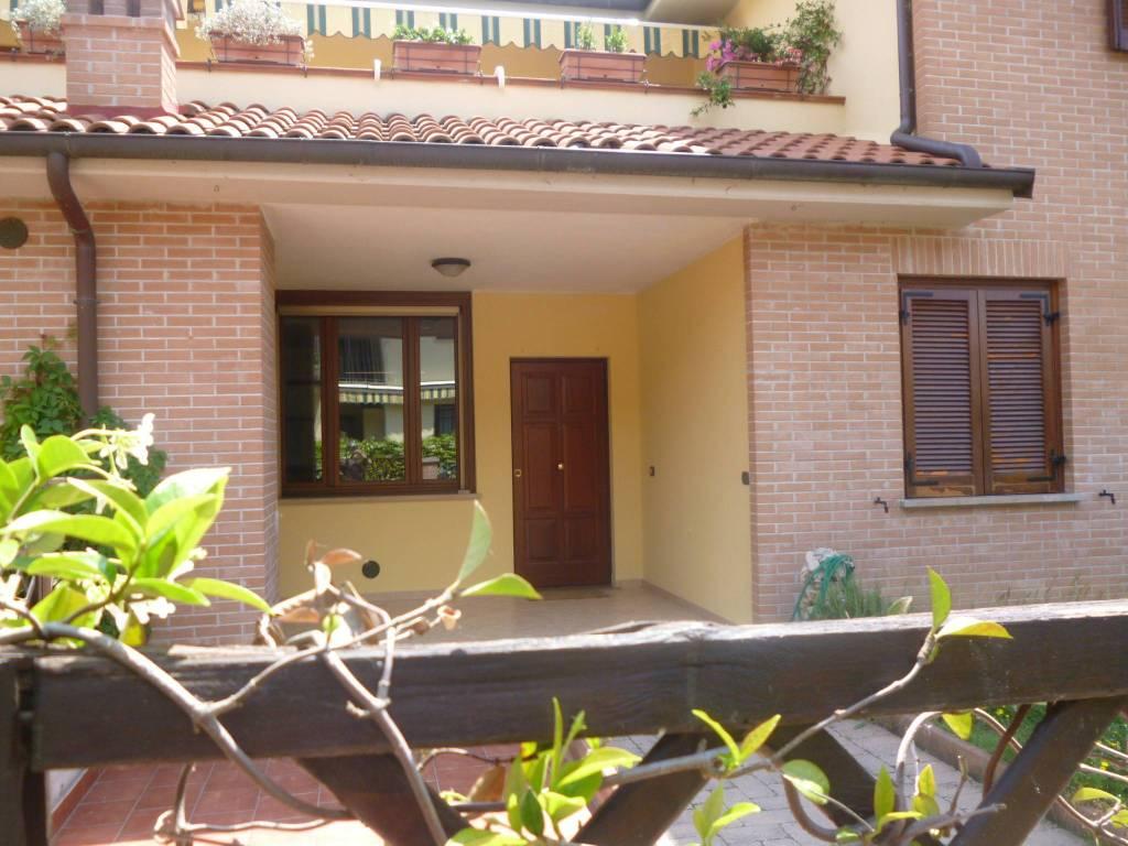 Appartamento in ottime condizioni arredato in vendita Rif. 8962720