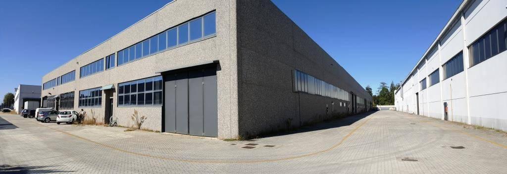 Capannone in affitto a Magnago, 3 locali, prezzo € 3.750   PortaleAgenzieImmobiliari.it