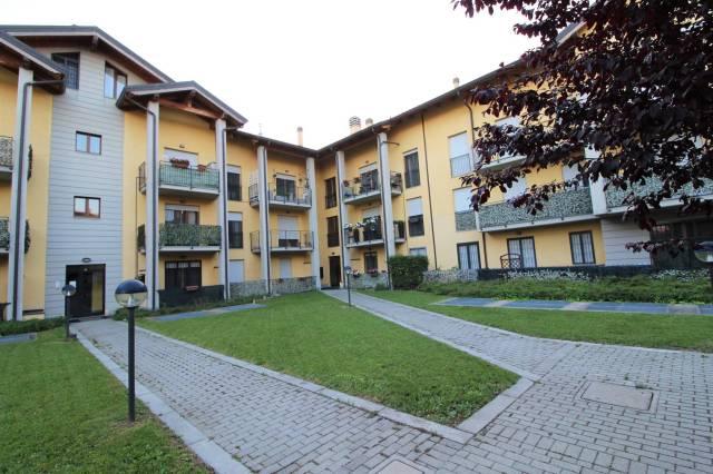 Appartamento in ottime condizioni in vendita Rif. 6881391