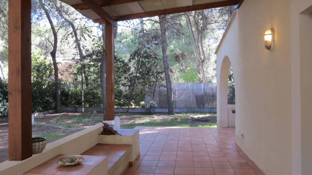 Villa in buone condizioni arredato in vendita Rif. 6889647