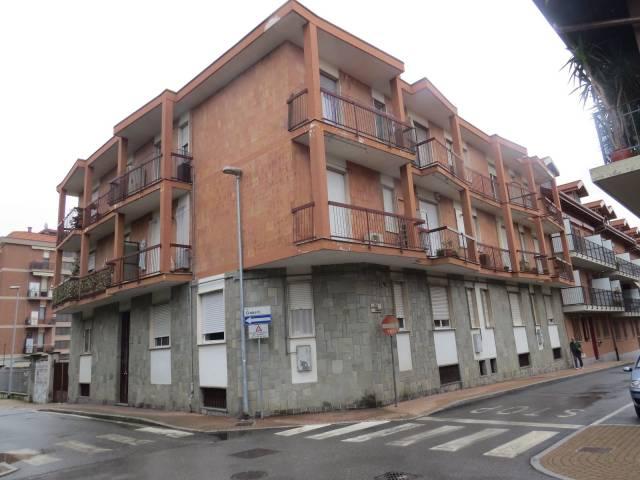 Appartamento in buone condizioni arredato in affitto Rif. 6729179
