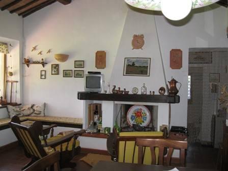 Rustico / Casale in buone condizioni parzialmente arredato in vendita Rif. 6888082