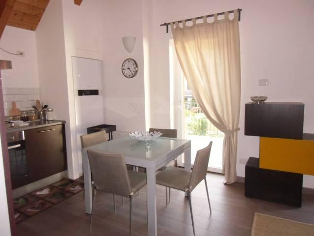 Appartamento arredato in vendita Rif. 6890001
