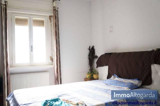 Appartamento in ottime condizioni parzialmente arredato in vendita Rif. 6888182