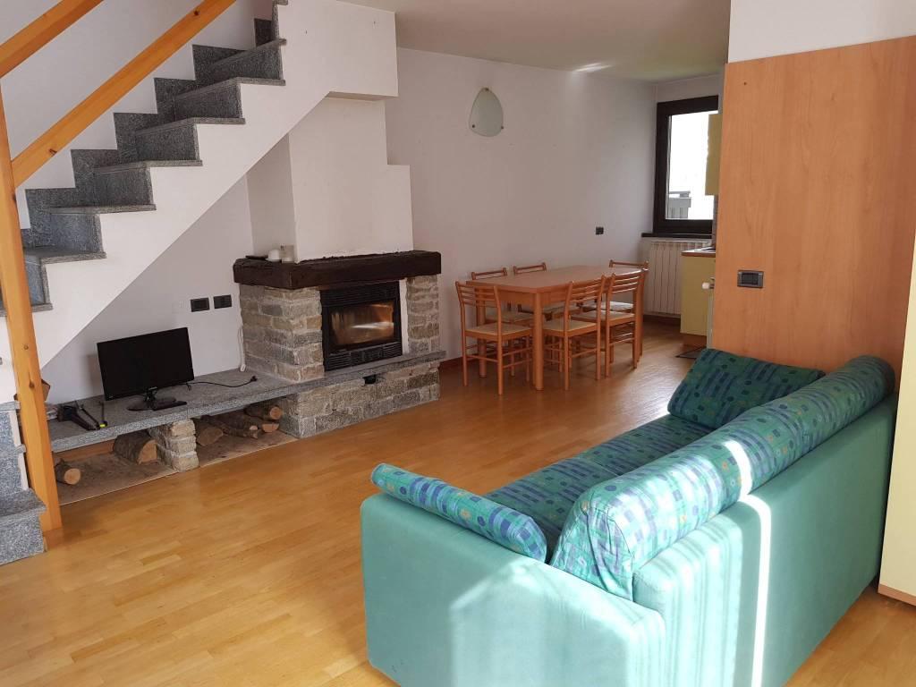 Appartamento in affitto a Caspoggio, 3 locali, prezzo € 335 | CambioCasa.it