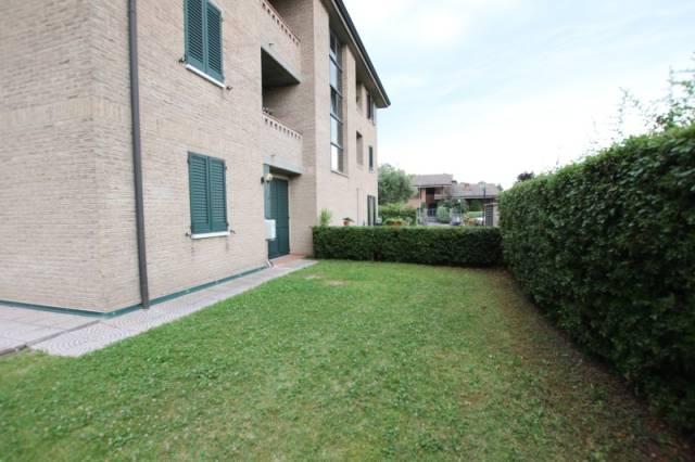 Appartamento in ottime condizioni in vendita Rif. 6896632