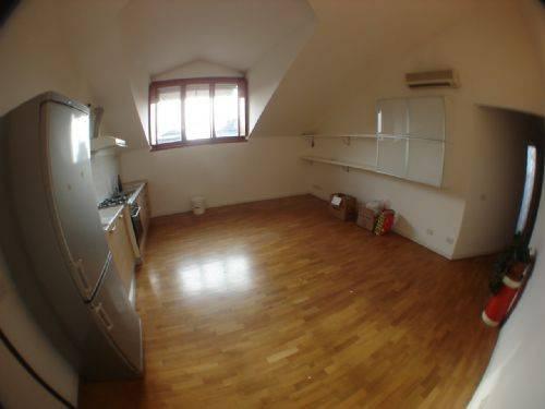 Appartamento in Affitto a Senago: 2 locali, 60 mq