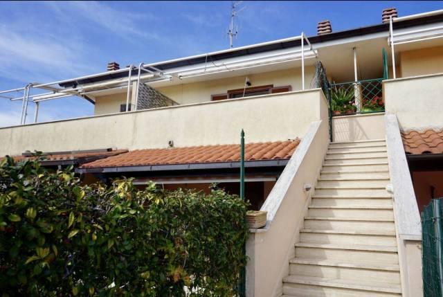 Appartamento in ottime condizioni arredato in vendita Rif. 6908407