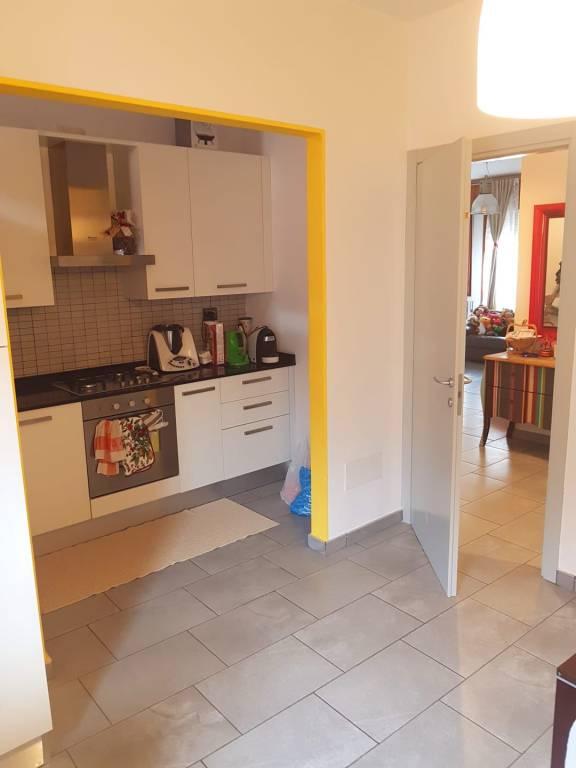Appartamento in ottime condizioni parzialmente arredato in vendita Rif. 6327643