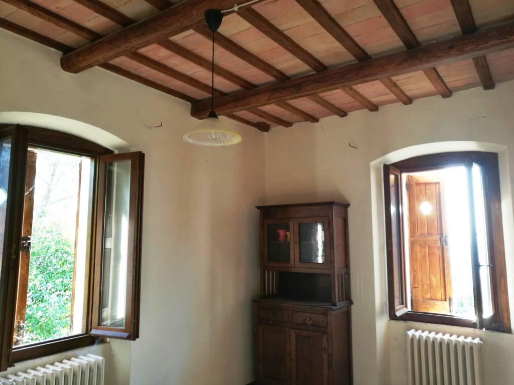 Appartamento in affitto a Trevi, 2 locali, prezzo € 230 | CambioCasa.it