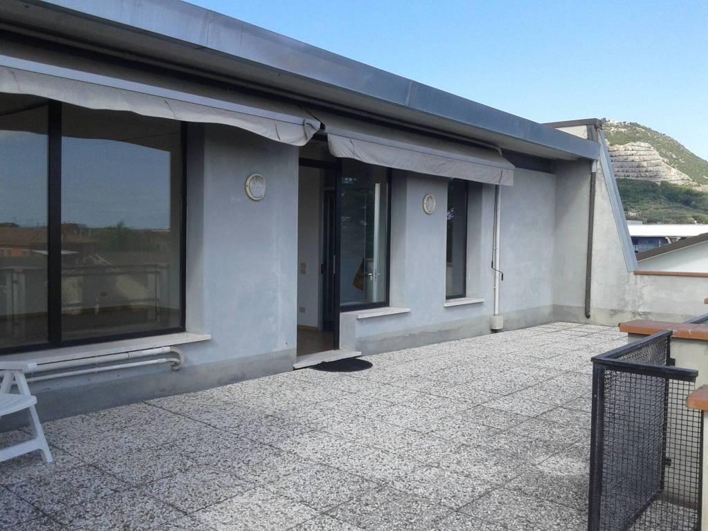 Magazzino - capannone in vendita Rif. 6906651