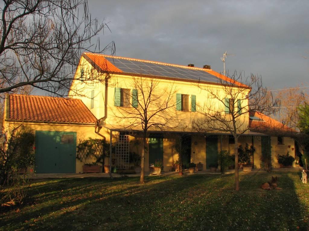 Rustico / Casale in ottime condizioni parzialmente arredato in vendita Rif. 6909933