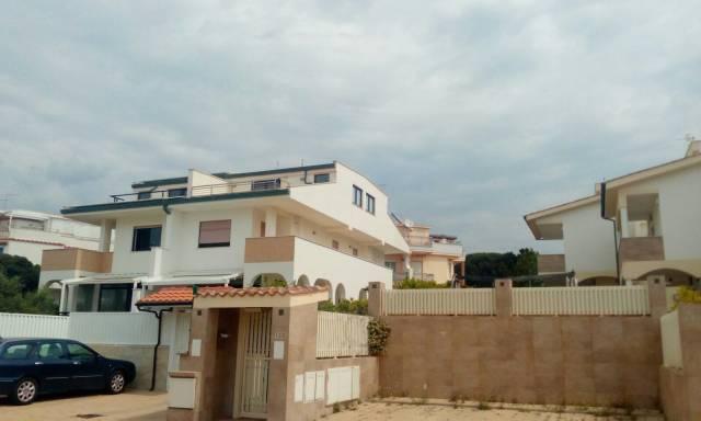Villa arredato in affitto Rif. 6908080