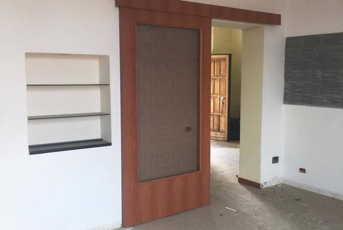 Appartamento in buone condizioni in vendita Rif. 8627695