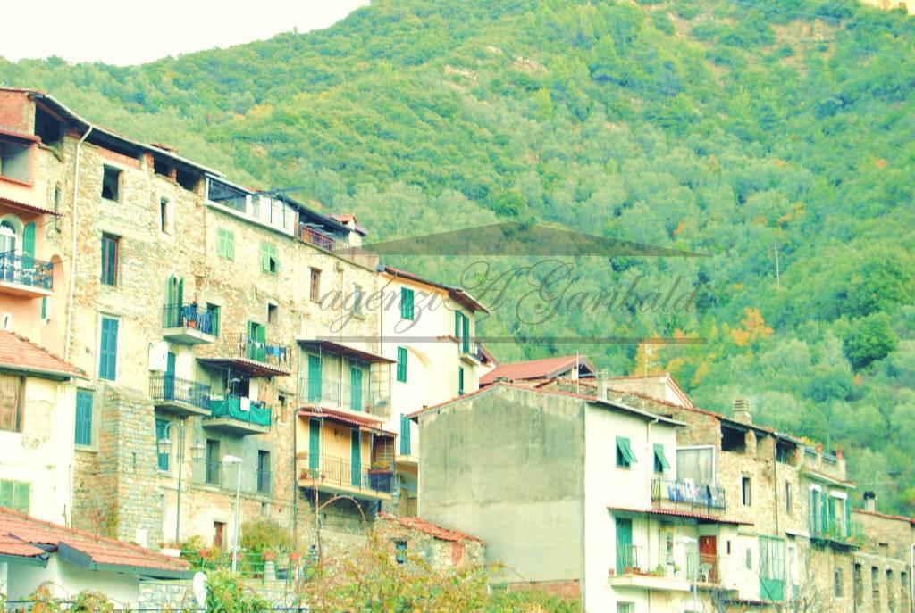 Duplex con balconi,vista aperta e soleggiata,orto