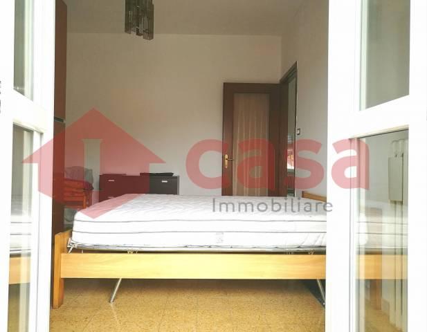Appartamento in ottime condizioni parzialmente arredato in affitto Rif. 6923400