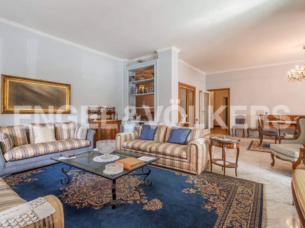 Appartamento in Vendita a Roma 33 Gregorio VII / Baldo degli Ubaldi: 4 locali, 225 mq