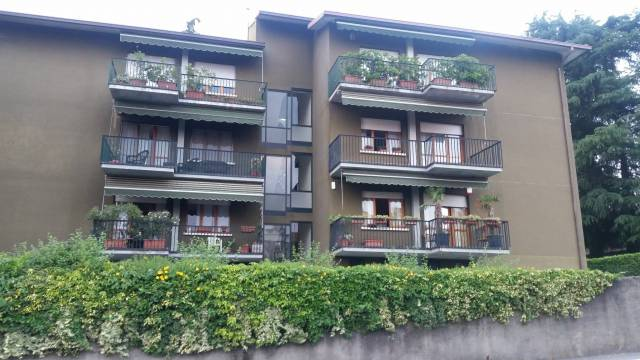 Appartamento in buone condizioni in vendita Rif. 6921297