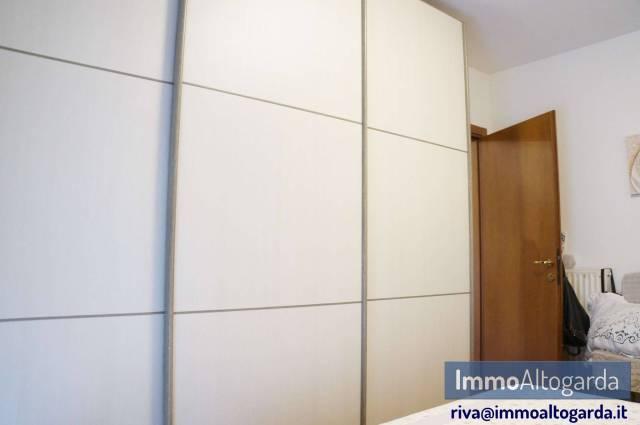 Appartamento in ottime condizioni arredato in vendita Rif. 6888181