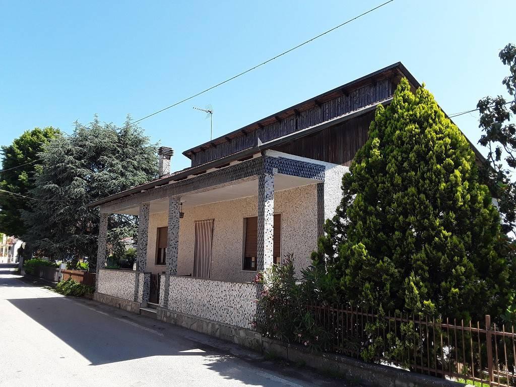 Soluzione Indipendente in vendita a Montiglio Monferrato, 4 locali, prezzo € 79.000 | PortaleAgenzieImmobiliari.it