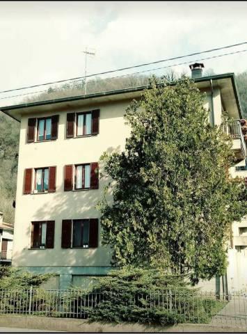 Appartamento in vendita a Besano, 3 locali, prezzo € 130.000 | CambioCasa.it