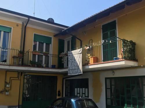 Appartamento in ottime condizioni in affitto Rif. 6916868