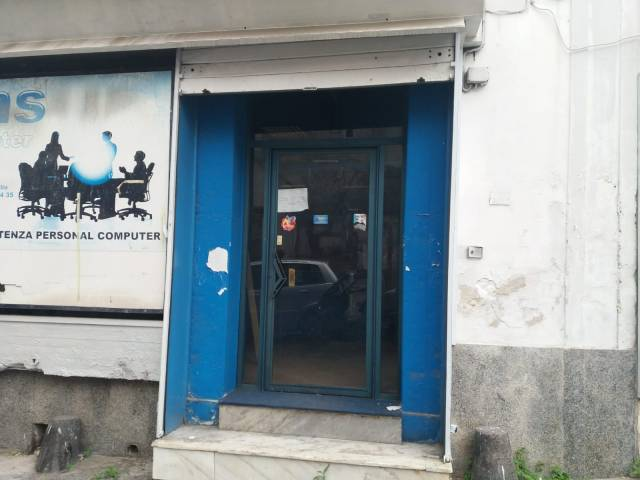 Locale Commerciale Rif. 6923708
