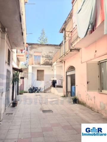 Appartamento da ristrutturare in vendita Rif. 6918653