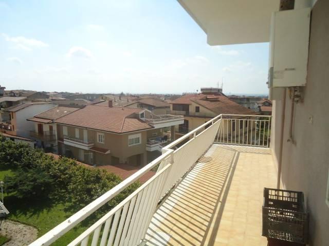 Appartamento in buone condizioni in vendita Rif. 6920553