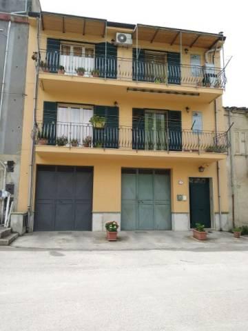 Appartamento in ottime condizioni in vendita Rif. 6917232