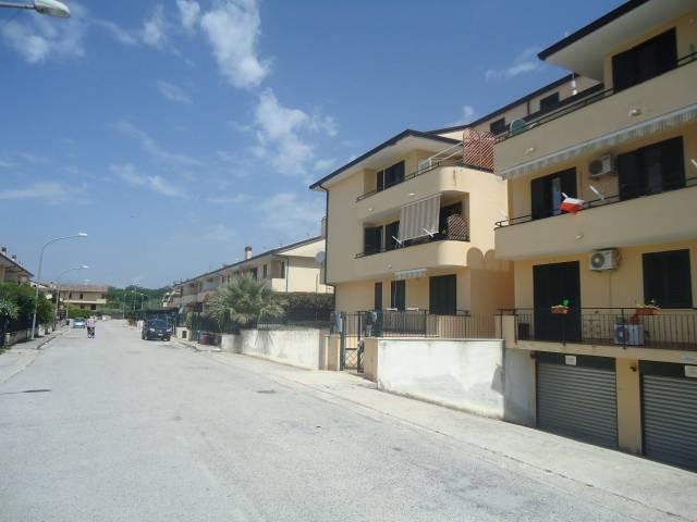 Appartamento in ottime condizioni in vendita Rif. 6920554